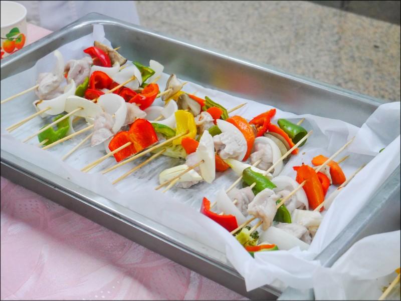 衛福部疾管署提醒,民眾烤肉要注意食材衛生。(資料照)