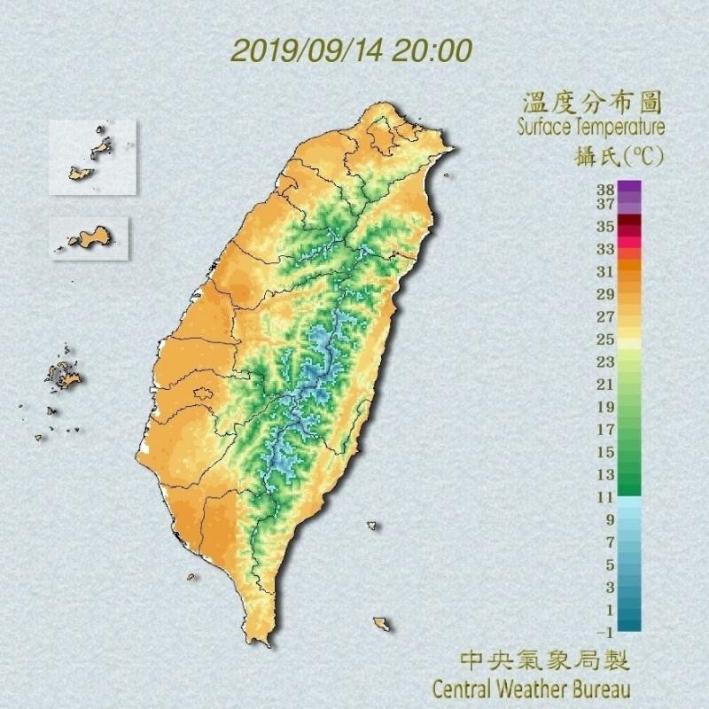 明天(15日)是中秋連假收假日,北部、東部天氣不穩,中南部注意午後雷陣雨。(擷取自中央氣象局網站)