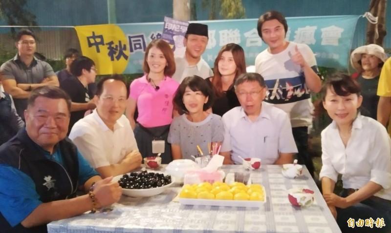 黃兆呈(左一)已向台灣民眾黨提出入黨申請,郭新政(右一)則沒有明確拒絕。(記者洪定宏攝)