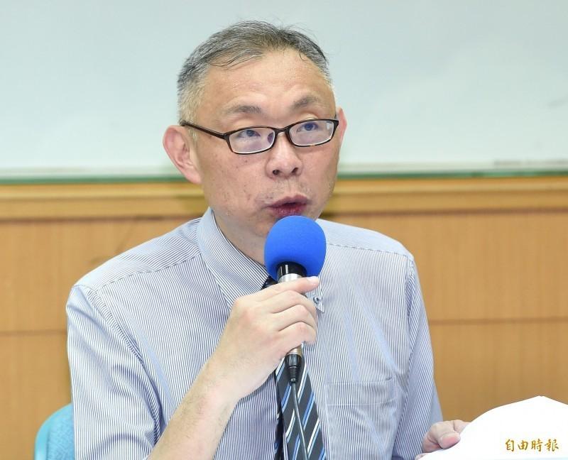 台師大政研所教授范世平近日在臉書分享中國作家余杰的文章,強調他也認同作者的觀點,台灣必須強化自身戰力,向中國卑躬屈膝不可能發大財。(資料照)