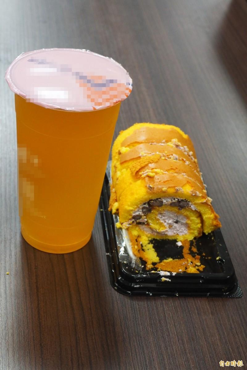 改善「糖胖症」要控制飲食,第一要件是戒含糖飲料和含有精緻的糕餅甜食。(記者陳鳳麗攝)