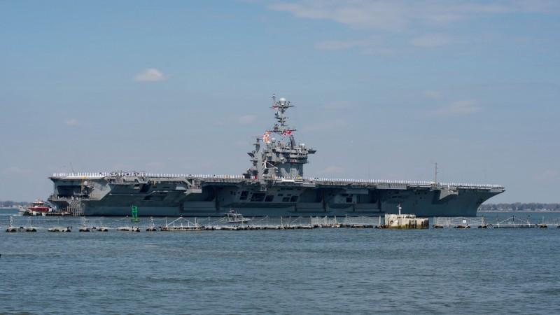 「杜魯門號」航艦自8月起就因配電系統出現故障,護航船隊只好先出海進行巡弋任務。(路透)
