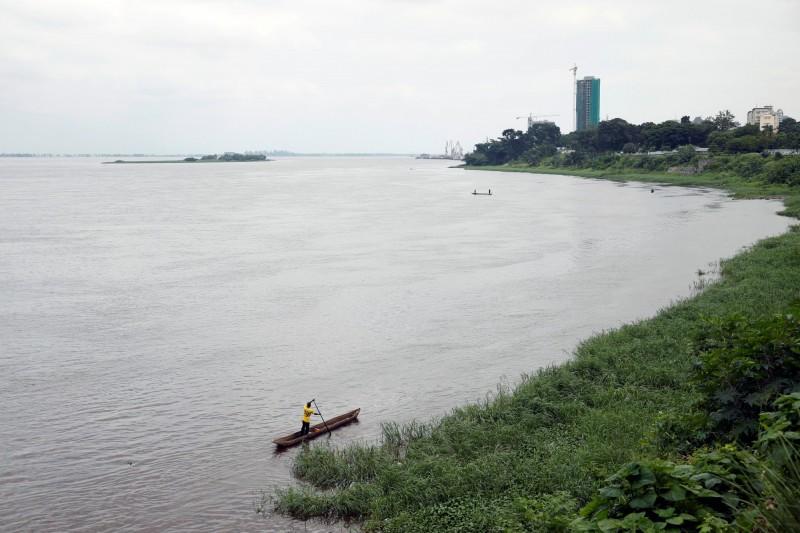 剛果民主共和國一艘平底船在剛果河翻覆,至少有34人不幸喪命。剛果河示意圖。(路透)