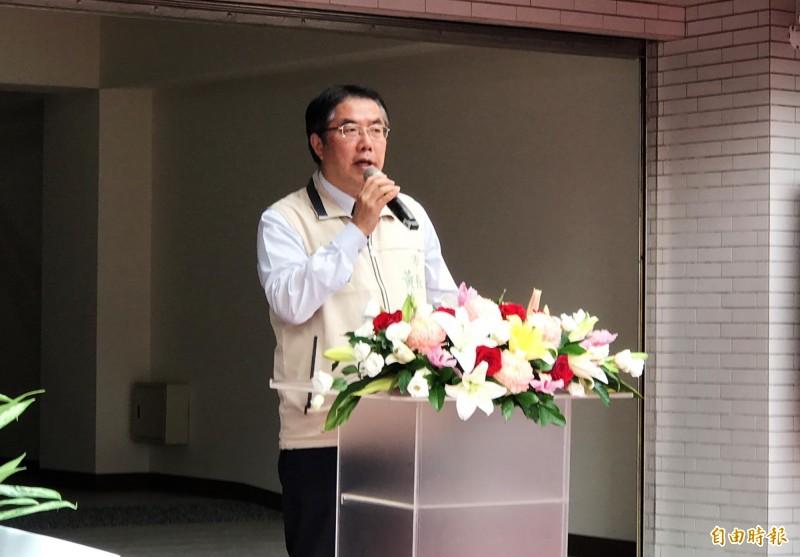 明年總統大選變數多,台南市長黃偉哲希望前總統陳水扁能幫忙民進黨。(記者吳俊鋒攝)
