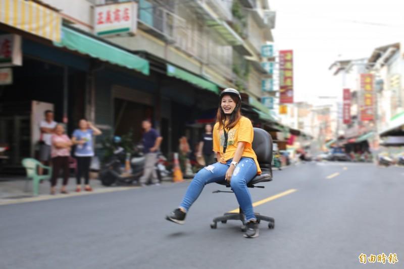 遠近馳名的萬巒豬腳街,預計在9月28日封街舉辦辦公椅競速。(記者邱芷柔攝)