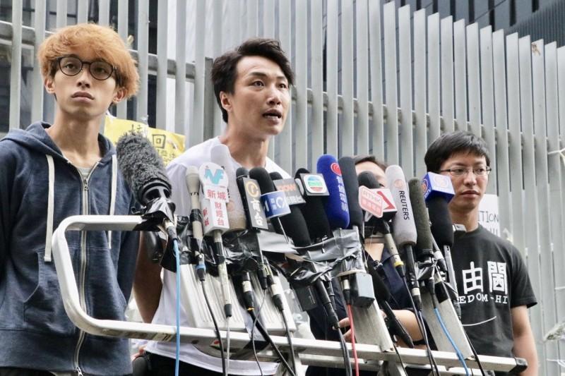 香港建制派支持度創新低  民陣睽違13年拿榜首