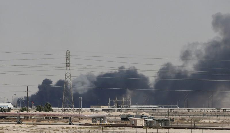 石油設施遇襲 沙國:攻擊油廠的是伊朗武器