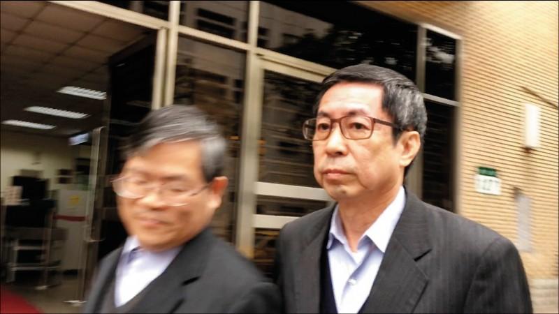 佳和集團董事長翁茂鍾(右)。(資料照)
