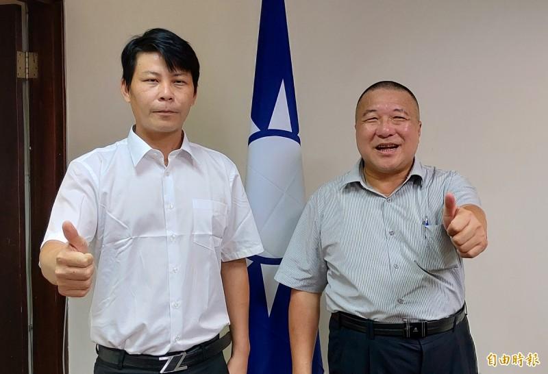 雲林菜農林佳新(左)加入國民黨,台中市黨部主委顏文正(右)對他參選第1選區立委有信心。(記者張菁雅攝)