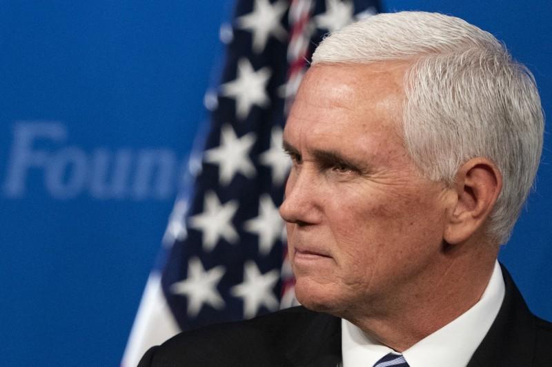 台索斷交後,美國副總統彭斯決定拒見索國總理。(彭博)