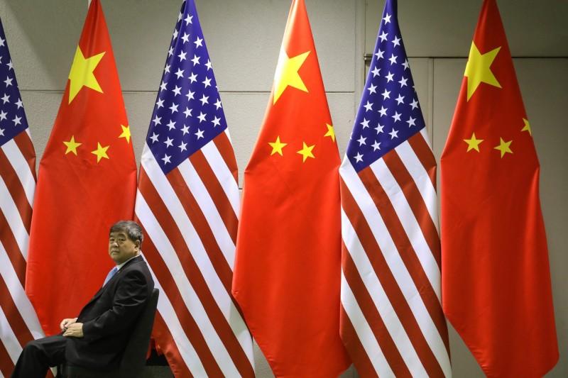 柳忠三週一(16日)在美國被捕,他被控詐騙美國簽證以挖角人才到中國,外媒指出,這是美國打擊中國「千人計畫」後,首次有中國政府僱員被捕。(法新社)