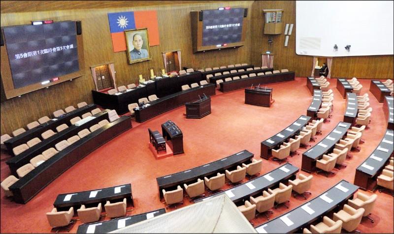 明年立委選舉,小黨百花齊放,在區域立委力求突圍,也將持續衝刺政黨票。(資料照)