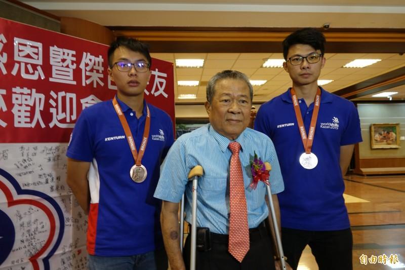 參加技職界奧運 放牛班學生勇奪世界銅牌