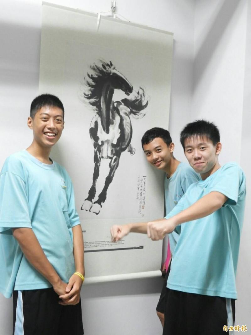 高市青年國中活化地下室 全國首創「青年藝廊」