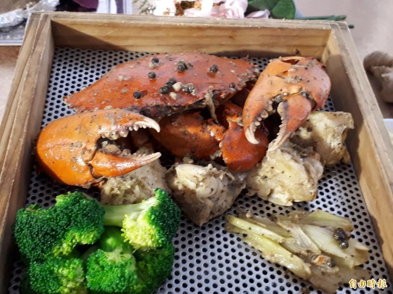沒見過吧! 馬告雲嗆蟹和富貴雞 攪動老饕味蕾