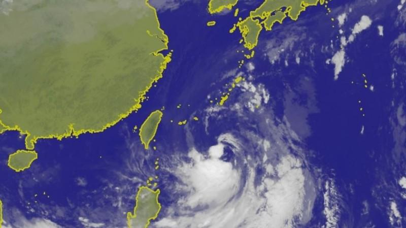 氣象局指出,塔巴颱風以時速9公里速度朝西北西前進。(圖擷取自中央氣象局)
