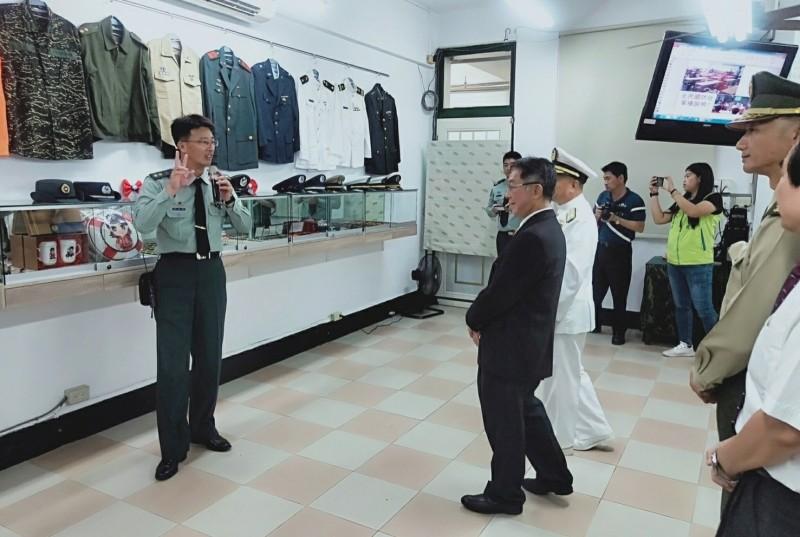 新營育德工家設立「全民國防專業教室」。(記者楊金城翻攝)