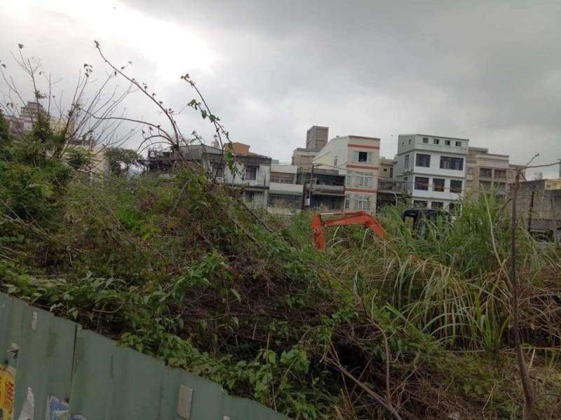新竹縣政府將和國有財產署合作開發的竹東鎮閒置國有地,地方部分人士希望能和林務局老宿舍群一起保存後規劃整體再生發展。(葉日嘉提供)