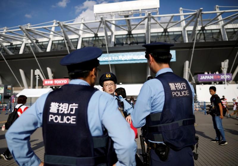 日本東京目黑區高級公寓傳出重大竊案,受害者被偷走鑽石、黃金白銀等貴重金屬共10來億日元的財物(新台幣2.8億元起跳)。東京警察示意圖。(路透)