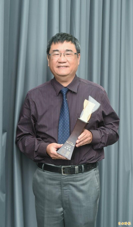 中華醫生事科技大學老師盧國樑贏得大專組Super 教師獎。(記者劉信德攝)