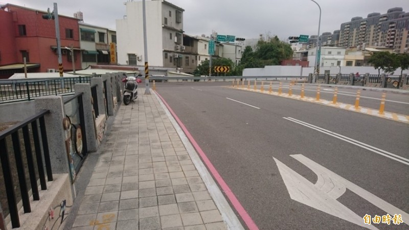 新竹市政府今天表示,公道三(竹光路延伸銜接至景觀大道)新闢道路工程,本月初獲內政部營建署同意補助5.256億經費,若用地取得作業順利,預計2020年8月底工程動工。((記者廖雪茹攝)