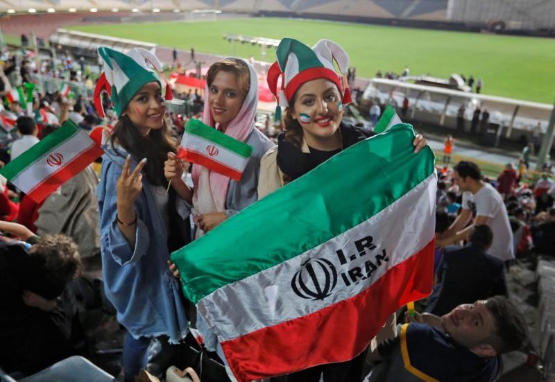 世足資格賽將舉行 伊朗同意女性進場觀賽