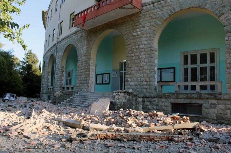 阿爾巴尼亞21日下午發生極淺層地震,震源深度僅10公里。(歐新社)