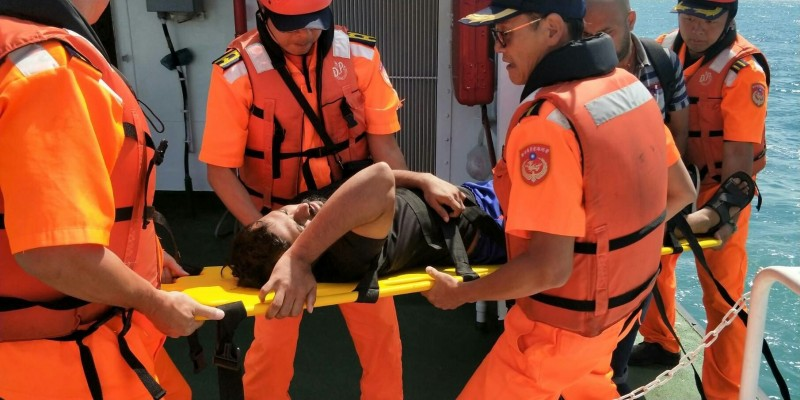 香港籍貨輪船員受傷 海巡馳援後送就醫