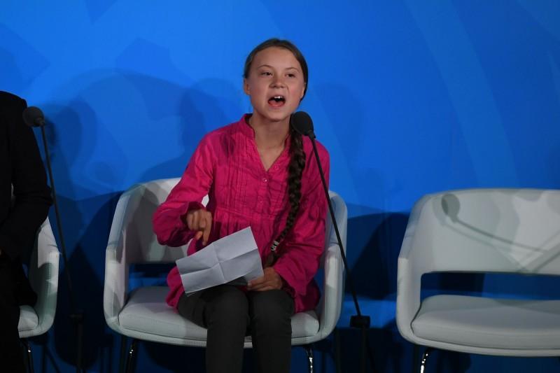 瑞典16歲女孩桑伯格倡導「全球氣候罷課」,在世界各地獲得迴響,已有超過50個國家的學童響應。(法新社)