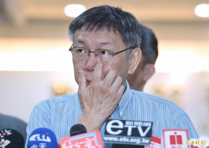 簡舒培表示,蔡總統宣布競選連任後,他的競選團隊用人都沒有行政公務人員,連擔任桃園競選執行長的王安邦,都辭去社會局長的職務,這就是黨政分離。(資料照)