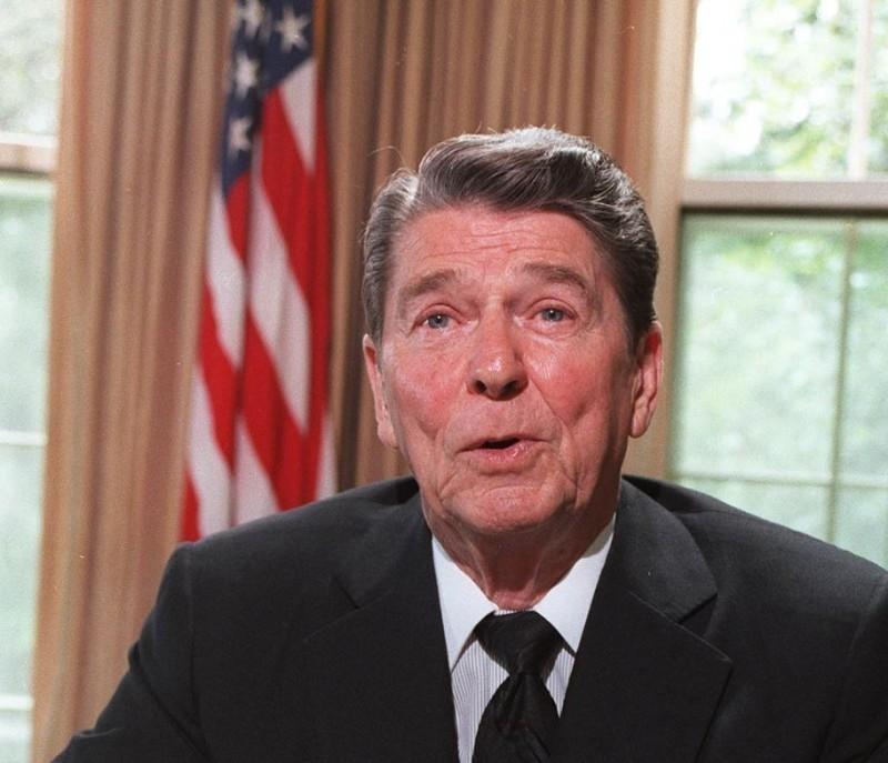 雷根在備忘錄中寫道,美國對台提供武器的性能與數量,完全取決於中國所構成的威脅而定。(法新社檔案照)
