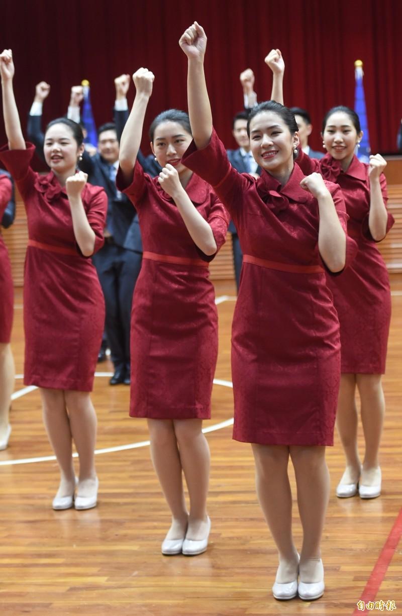 銘傳大學親善服務隊已連續35年服務國慶大典。(記者劉信德攝)
