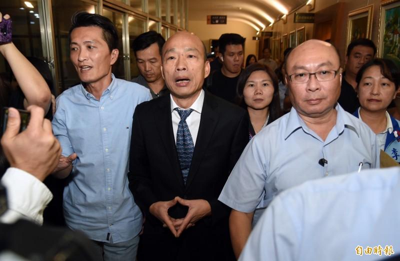 高雄巿長韓國瑜27日在市議會答詢時表示,去年底當選市長後沒有想過要選總統,但後來一連串的變化,他只能說是民意與天意。(資料照)