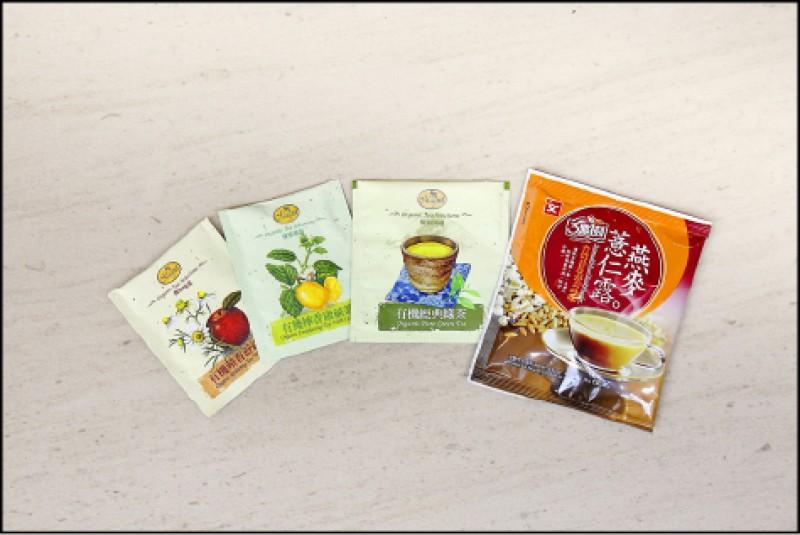 房內備品附贈的多以有機茶包為主。(記者李惠洲/攝影)
