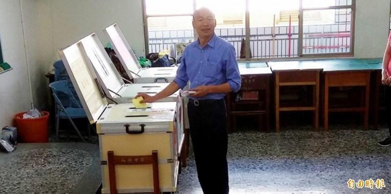 林濁水諷刺,韓國瑜22歲就投給方素敏了,因此小時候有電動也是合情合理的事情。(資料照)