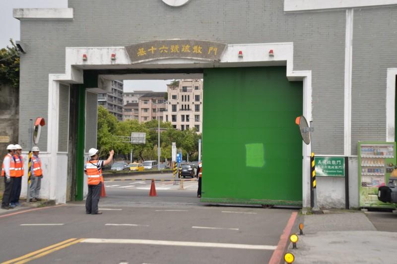 基隆河疏散門。(圖由台北市工務局提供)