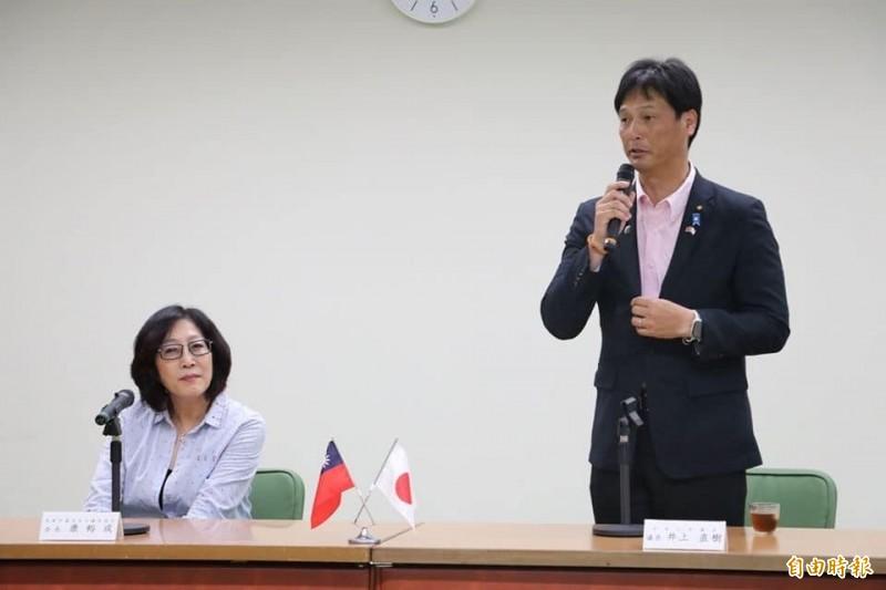 康裕成等多位民進黨議員利用空檔參加日台交流高峰會,促進城市外交。(記者王榮祥攝)