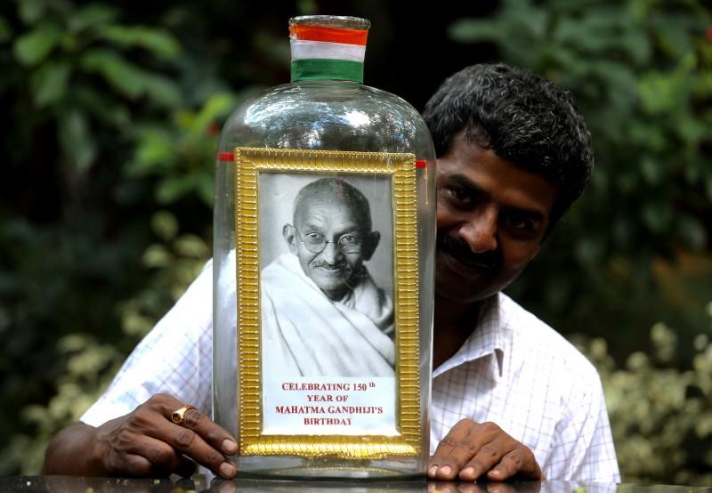 印度在2日歡慶國父「聖雄甘地」150歲冥誕。(歐新社)