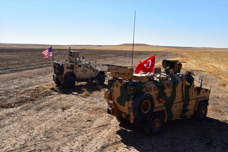 美國白宮6日宣布開始從敘利亞北部和土耳其邊界撤軍,此舉等同為土耳其進攻敘利亞開綠燈,背棄華府的長期盟友庫德族。(歐新社)