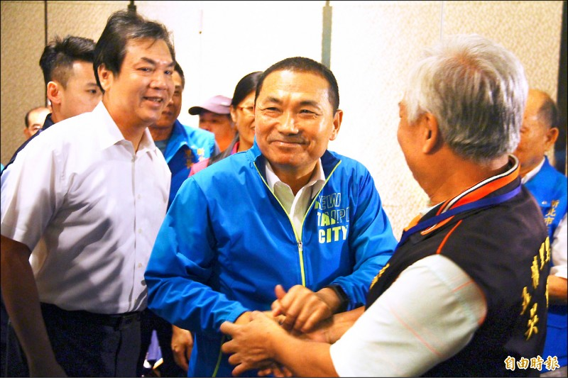 新北市長侯友宜昨表示,競總主委與市政無關,他目前最重要的工作就是專心拚市政。(記者邱書昱攝)
