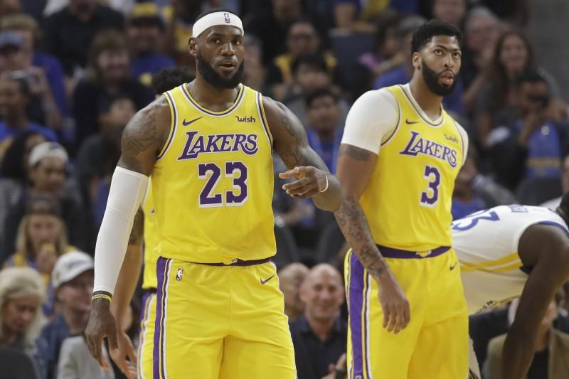 湖人、籃網白跑一趟? NBA上海賽廣告下架 賽前活動取消