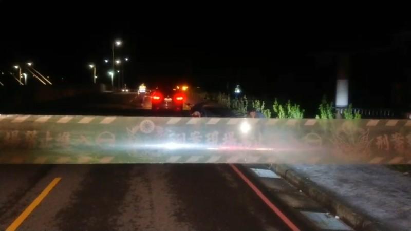 警方在高雄大寮、小港交界的山區發現黃男已成一堆白骨。示意圖,非新聞現場。(資料照,記者翻攝)