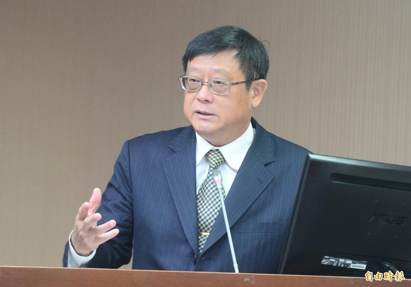 立法院衛環委員會,會中邀請環保署長張子敬做業務報告並接受備詢。(記者王藝菘攝)