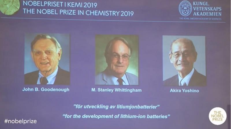 2019年諾貝爾化學獎今(9)日揭曉,由美國固體物理學家古迪納夫(John B. Goodenough)、英國化學家惠廷厄姆(M. Stanley Whittingham)和日本化學家吉野彰共享殊榮。(圖擷取自諾貝爾獎官方影片)