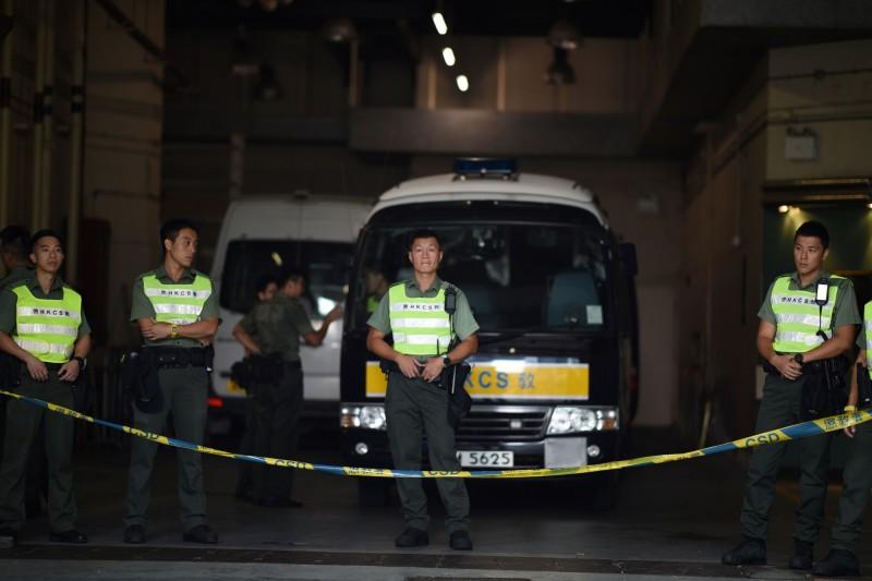 26名港人被捕遭控暴動罪 過半是學生、最小僅13歲
