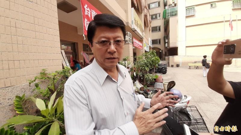 謝龍介證實韓國瑜將從15日起請假。(記者王捷攝)