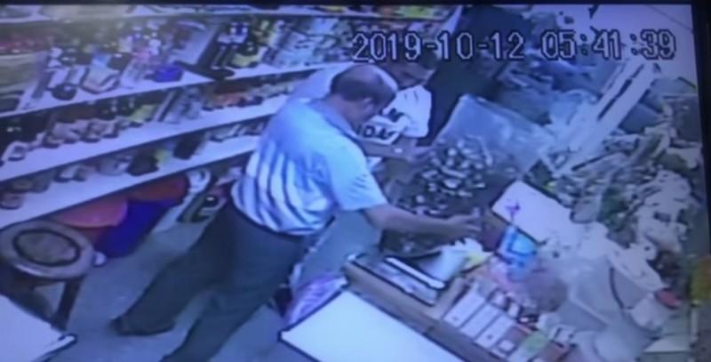 宜蘭店家也受害!男誆買高價魷魚、香菇 又趁機搬貨上車逃逸