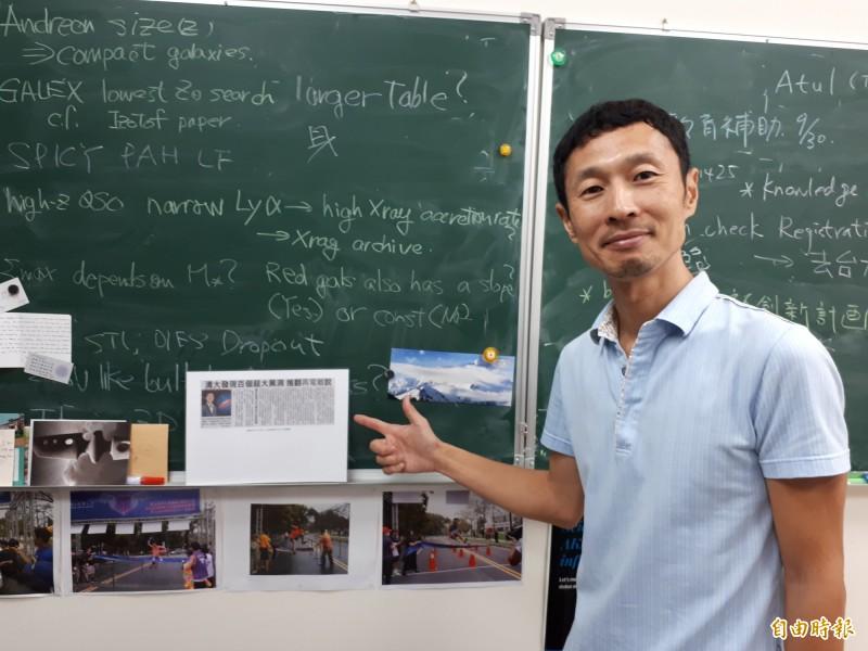 日本人跑遍台灣!清大日籍副教授後藤友嗣用跑步認識台灣,直說台灣的美麗風景和友善親切,讓他不想回日本。(記者洪美秀攝)