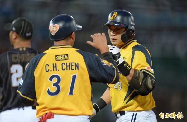 台灣大賽》兄弟首局血洗桃猿 彭政閔總冠軍戰得分破紀錄
