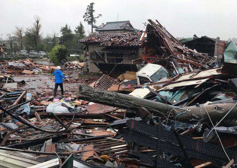 「哈吉貝」颱風襲日 已釀5死106傷17失蹤